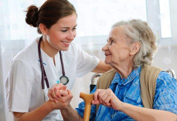 ayuda-a-mayores-asistencia-a-domicilio