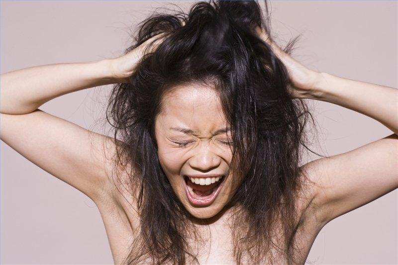 mitos-y-leyendas-caída-del-cabello-hogar-salud (1)